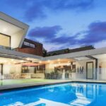 How to Find the Best Swimming Pool Contractors to Install Your Pool
